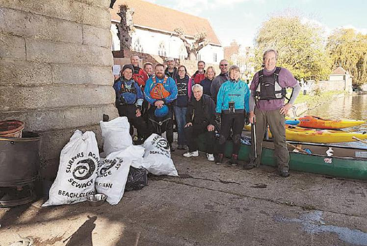 marlow canoe club plastic clean up